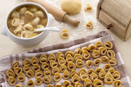 Ecco la vera ricetta dei tortellini bolognesi